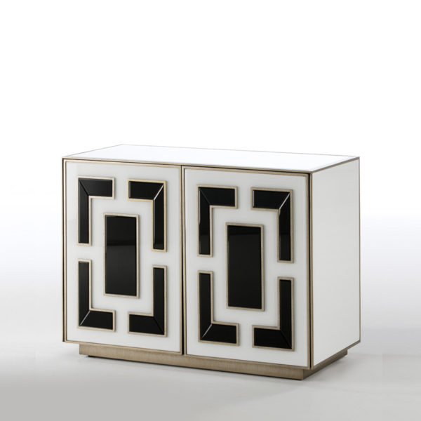 Mueble auxiliar de cristal de colores con puertas