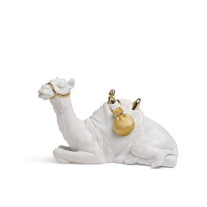 Misterio re decó dorado - Camello recostado