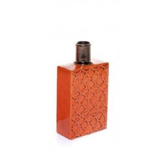 Botella de cerámica naranja con detalle dorado