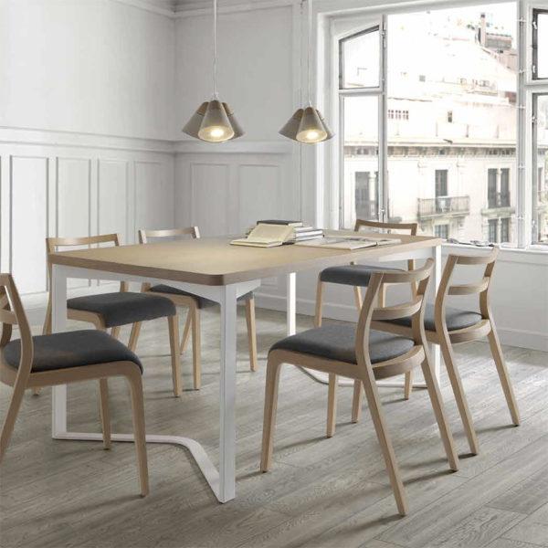 Mesa de comedor de diseño con patas triangulares | San-Pal Tienda de ...