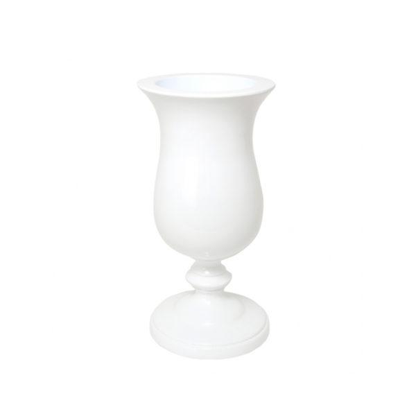 Copa blanca con pie
