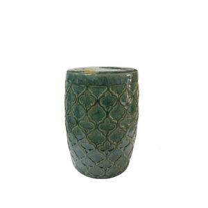 Taburete de cerámica con diseño geométrico