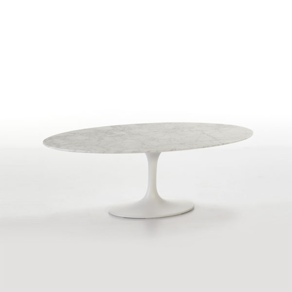 Mesa de centro ovalada de mármol